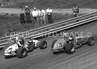 Hoosier Hundred, Unser Foyt Enter Turn One Together, USAC, 1972