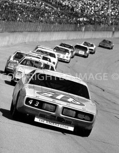 Michigan Int, Richard Petty Takes The Lead, NASCAR, 1977