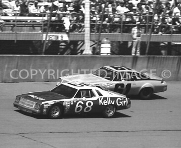 Michigan Int, #68 Janet Guthrie Getting By #61 Joe Mihalic, NASCAR, 1977