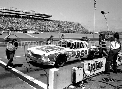 Michigan Int, Darrell Waltrip Gets Quick Service And Wins, NASCAR, 1977