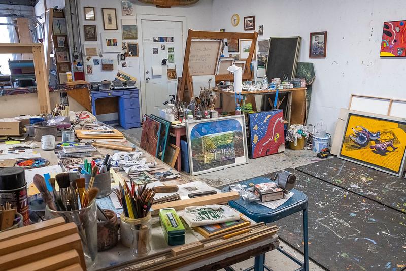 holder studio_29