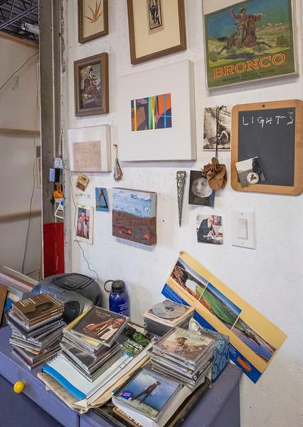 holder studio_19