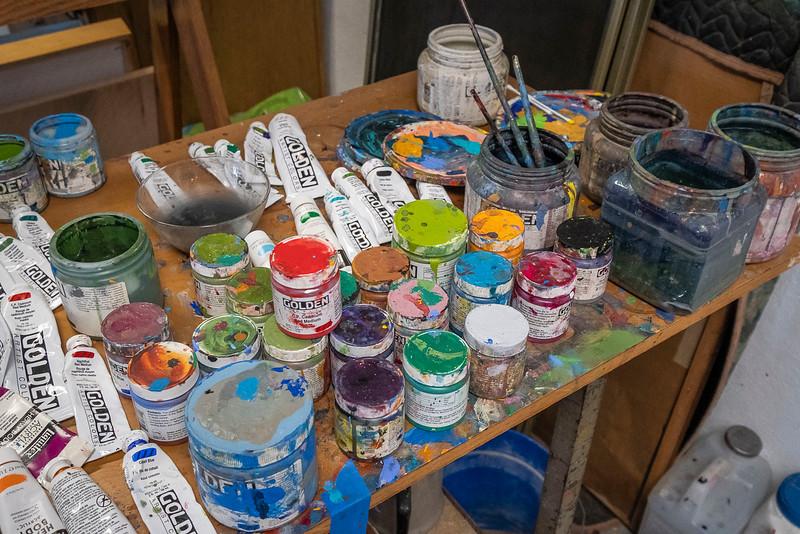 holder studio_44