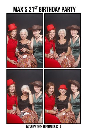 Max's  Photo Booth