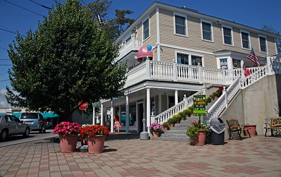 Digs, Divots, and Dogs Located on Dock Square in Kennebunkport