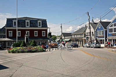 Carriage Ride In Kennebunkport in Dock Square