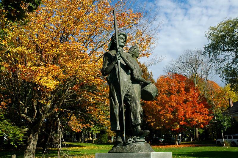 Fisherman's Statue, River Green
