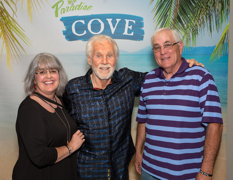 Kenny rogers meet and greet 42817 river spirit casino resort m g m4hsunfo