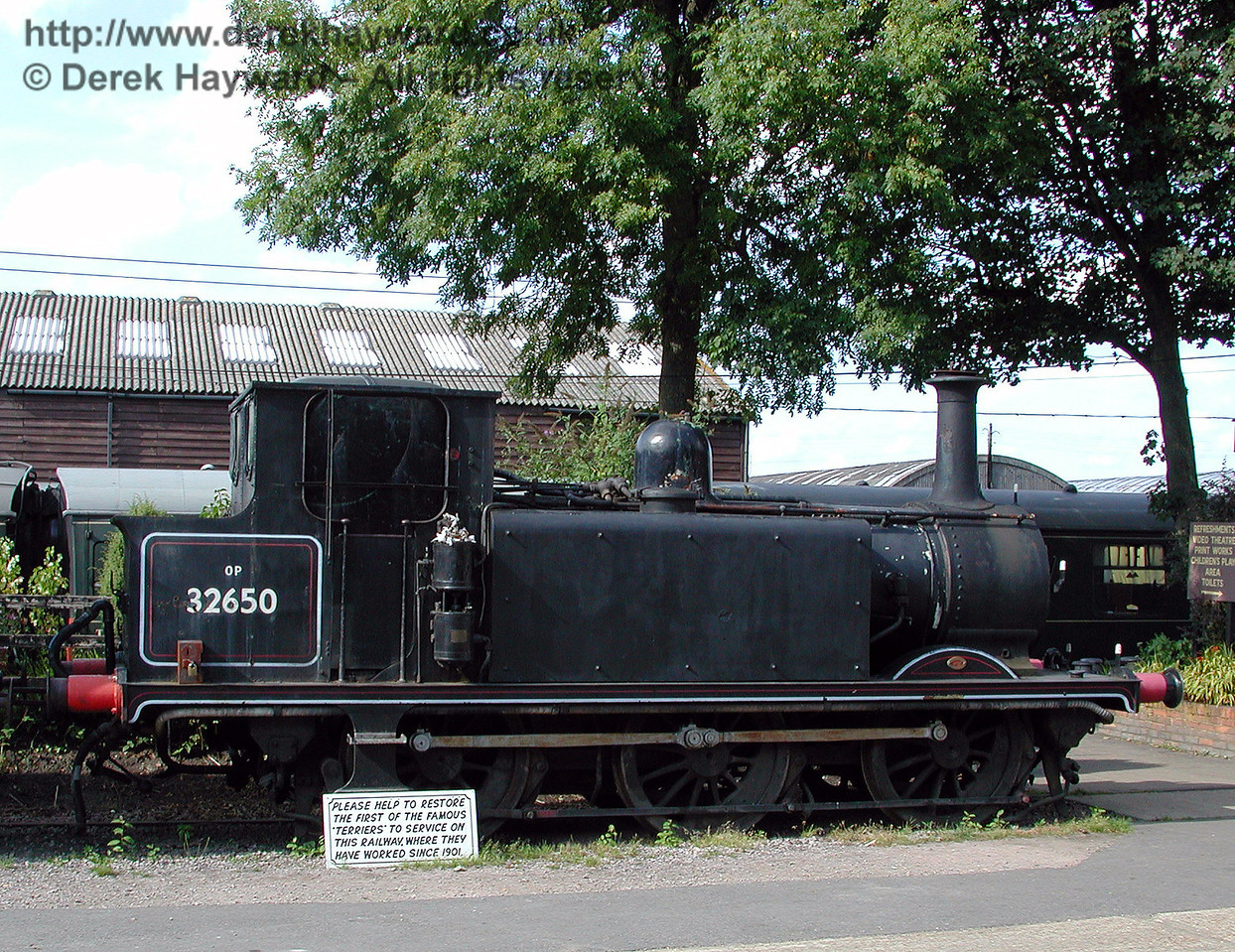 32650, complete with notice seeking funds for restoration. Tenterden 30.08.2000.  Restoration is now taking place at the Spa Valley Railway