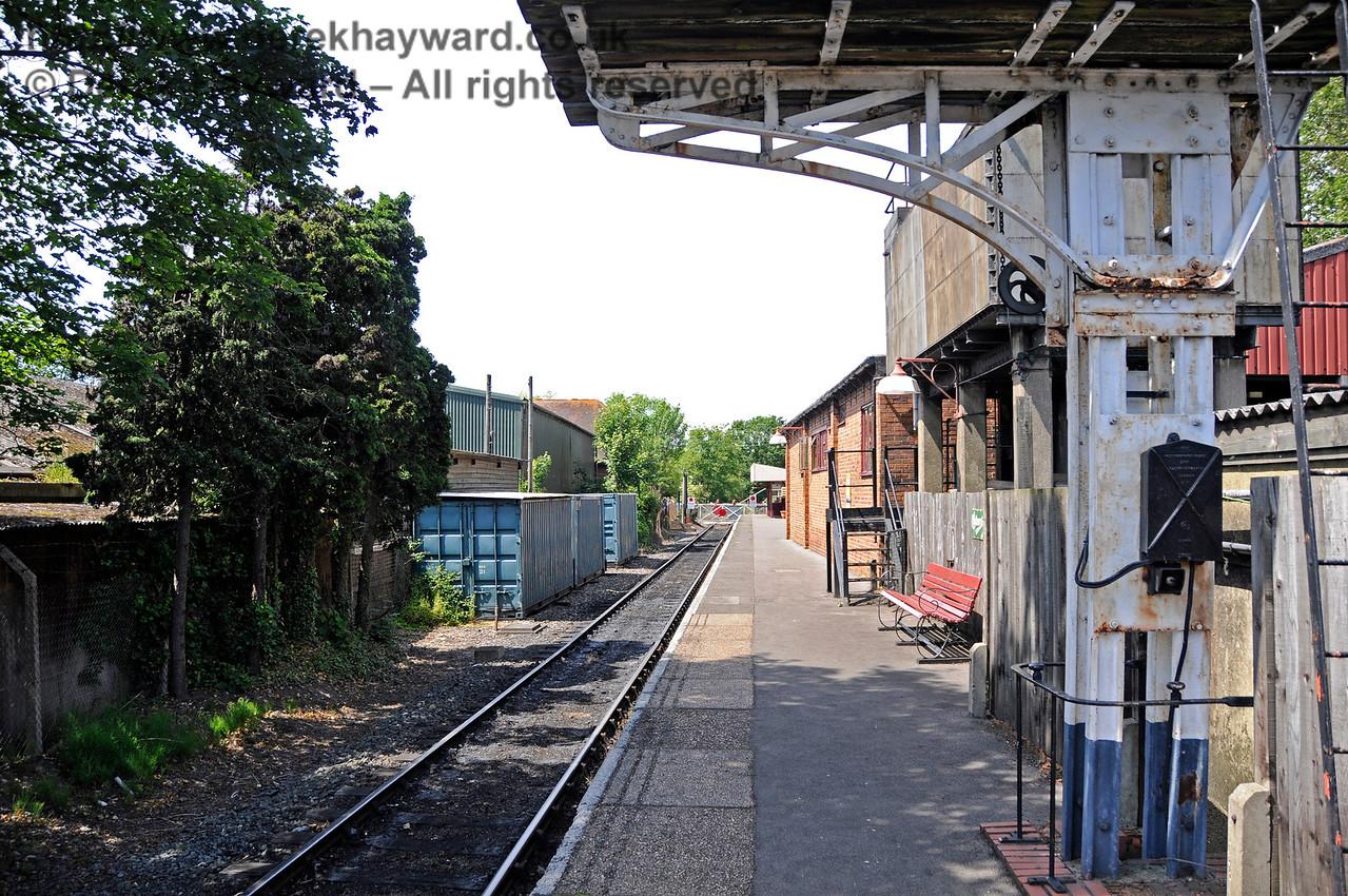 Rolvenden Station.  24.06.2015  12961