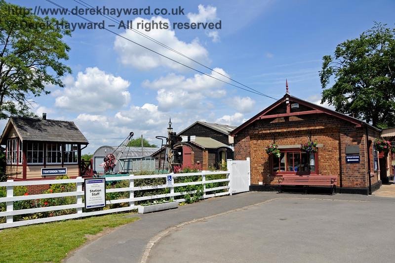 Tenterden Town Station 24.06.2015  12927