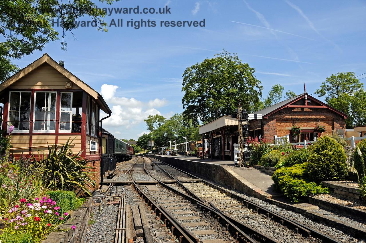 Tenterden Town Station 24.06.2015  12925