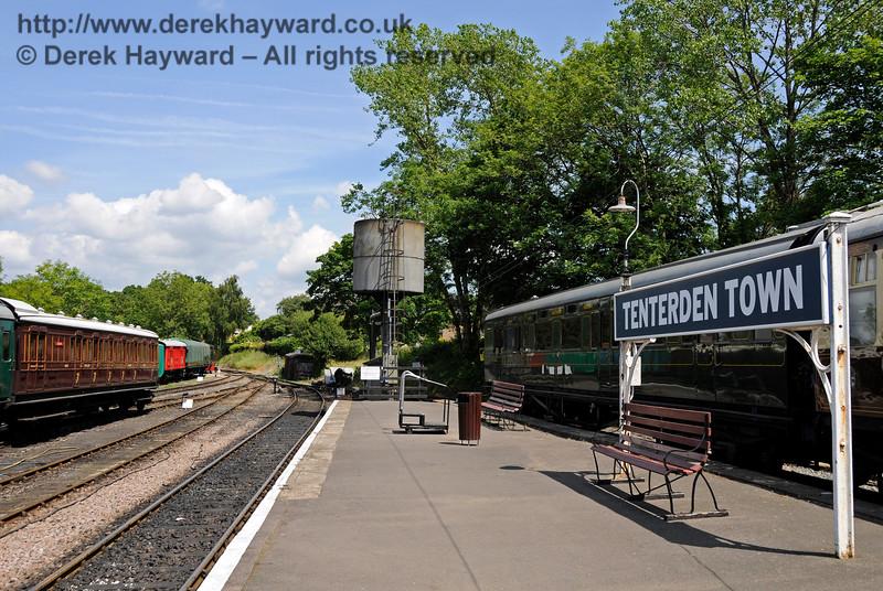 Tenterden Town Station 24.06.2015  12937