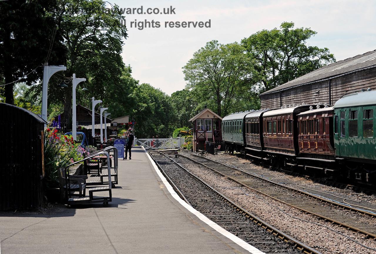 Tenterden Town Station 24.06.2015  11403