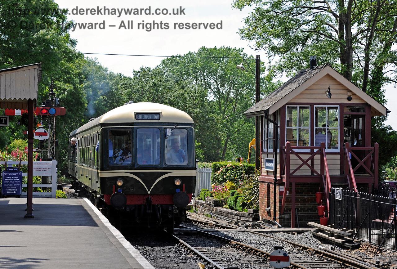 Tenterden Town Station 24.06.2015  11407