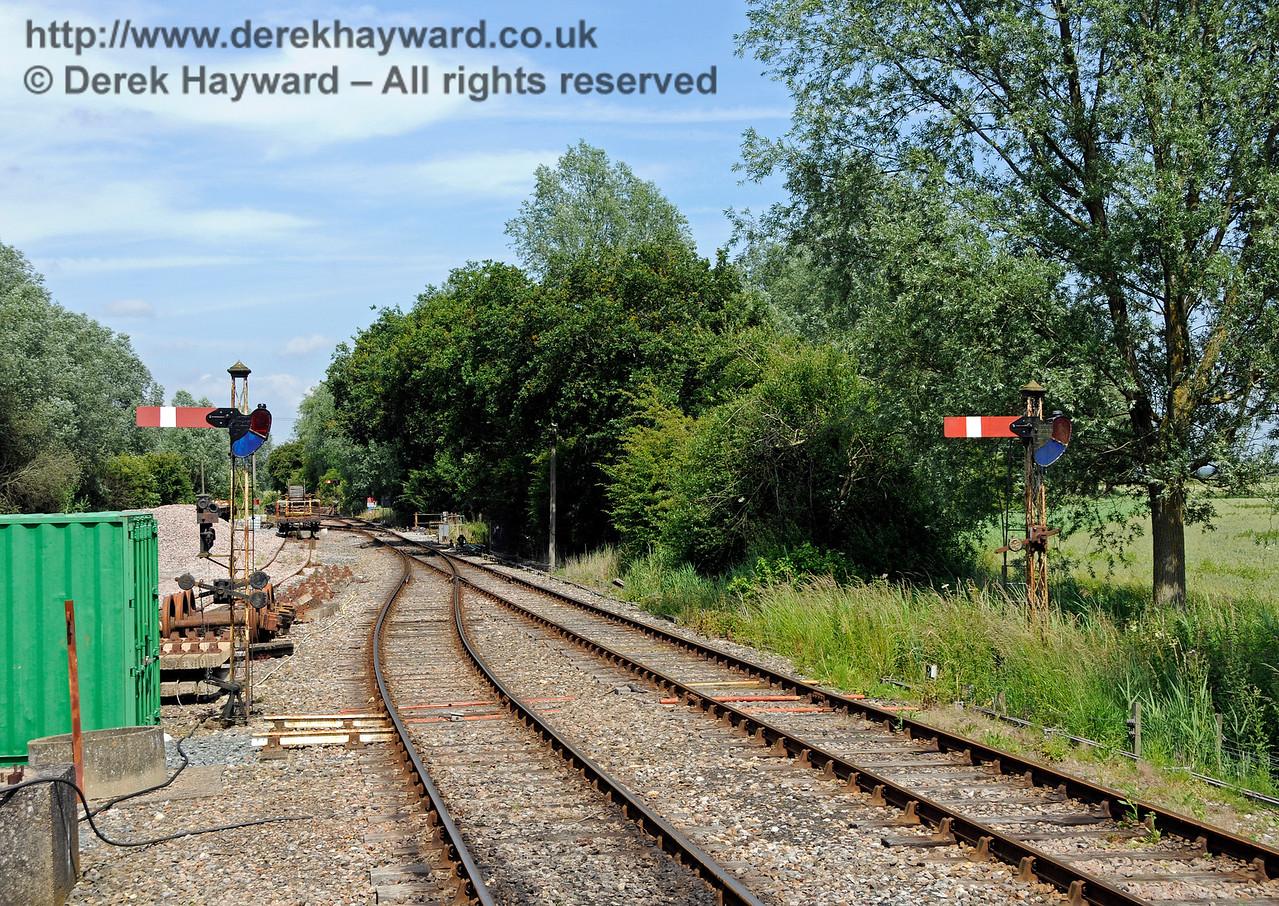 Wittersham Road Station.  24.06.2015  12976