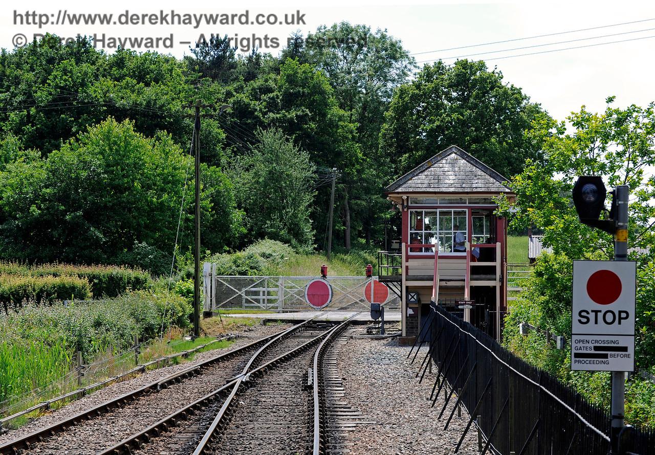 Wittersham Road Station.  24.06.2015  11428