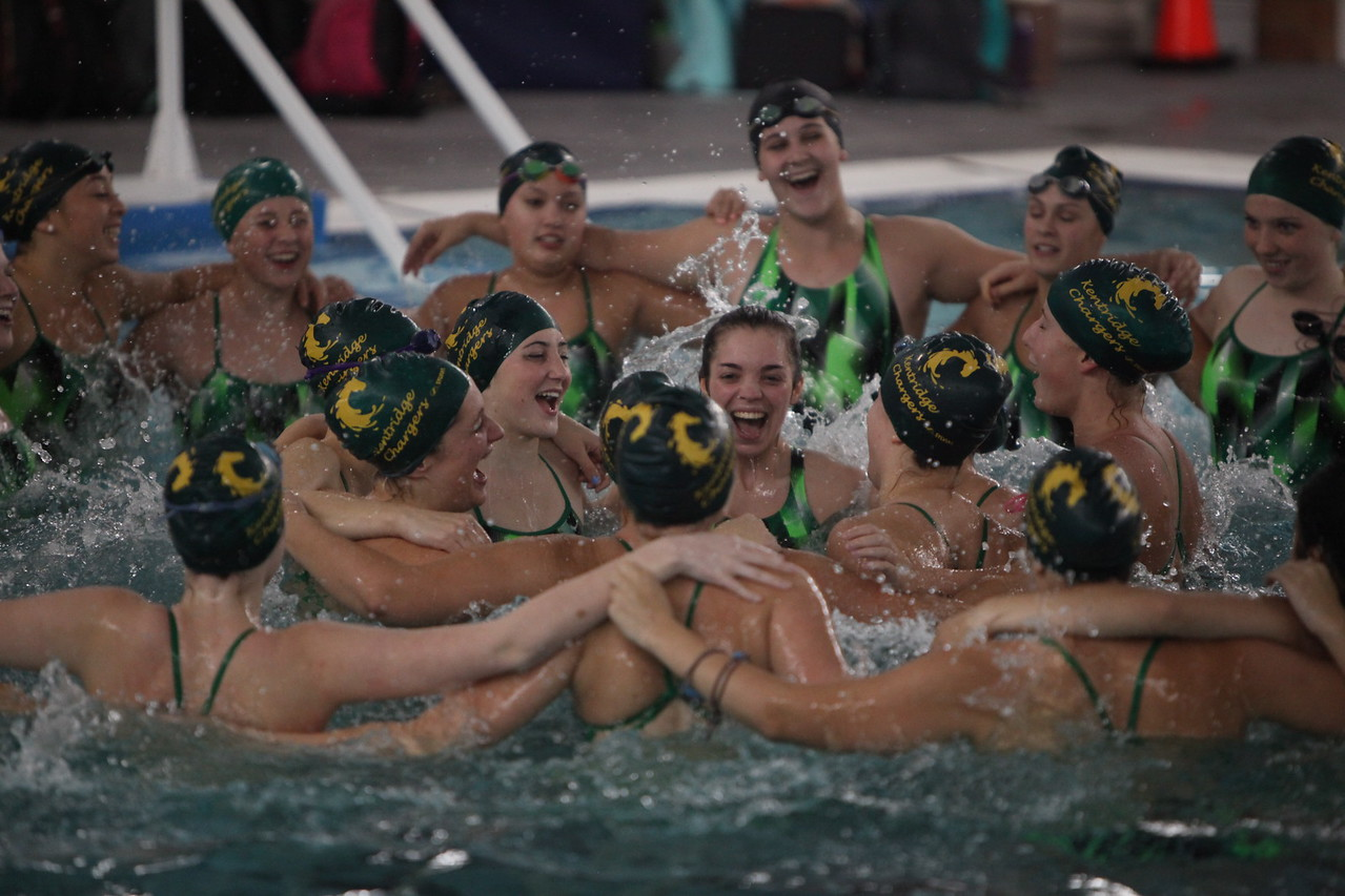 2016 Girls Swim and Dive vs Mt Rainier - Sept 29