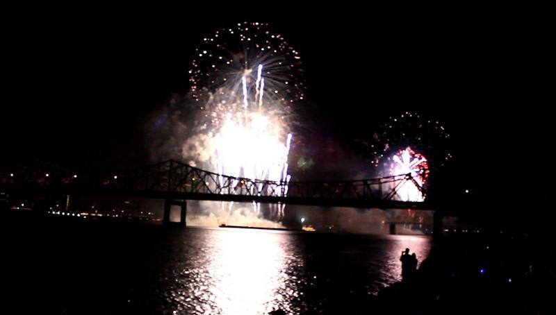 Thunder Over Louisville, Kentucky Derby Festival Celebration ♦ Grand Finale for the Thunder Fireworks
