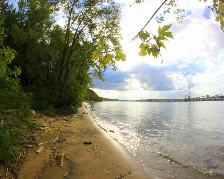 Ohio River, Kentucky Shoreline