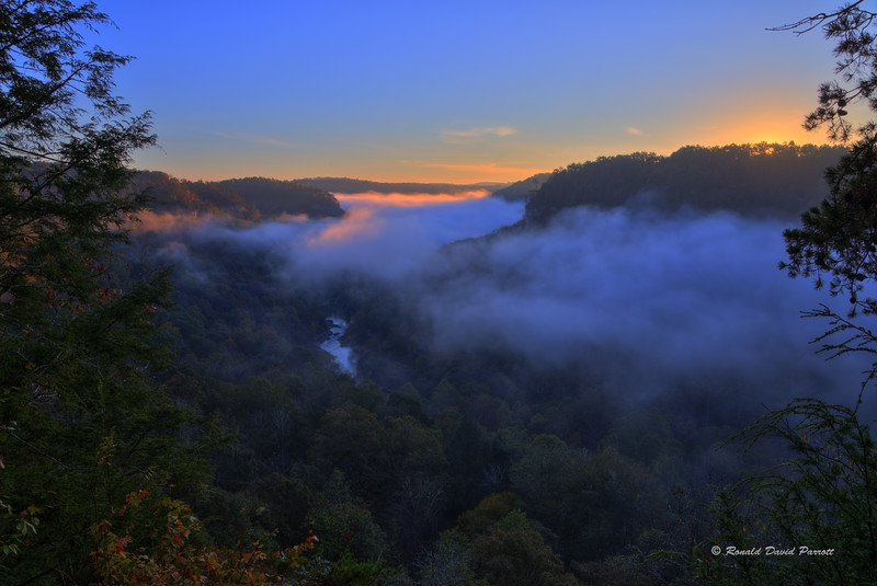 Sunrise Over The Rockcastle River, Photo 4 of 4