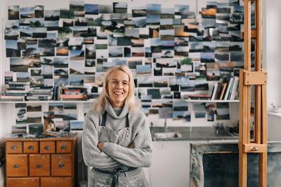 Kerry-harding-painter-artist-krowji-cornwall-portrait-studio002