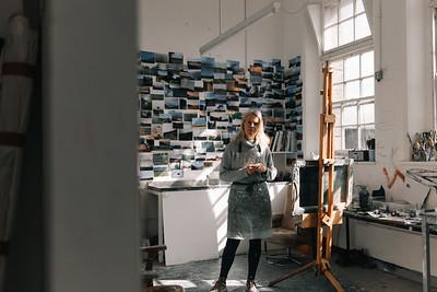 Kerry-harding-painter-artist-krowji-cornwall-portrait-studio001