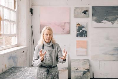 Kerry-harding-painter-artist-krowji-cornwall-portrait-studio004