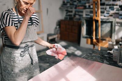 Kerry-harding-painter-artist-krowji-cornwall-portrait-studio013