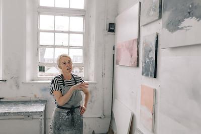 Kerry-harding-painter-artist-krowji-cornwall-portrait-studio040