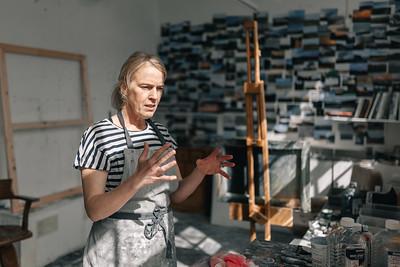 Kerry-harding-painter-artist-krowji-cornwall-portrait-studio023