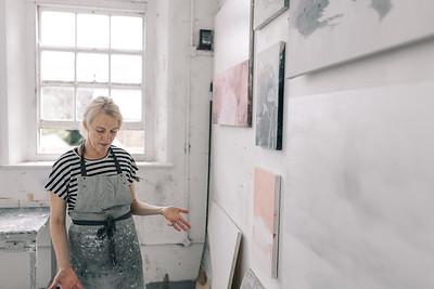 Kerry-harding-painter-artist-krowji-cornwall-portrait-studio034