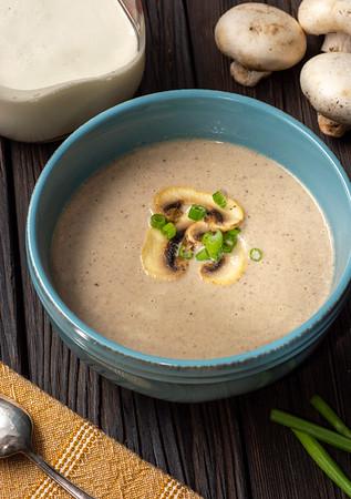 Keto Creamy Mushroom Soup