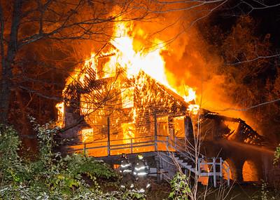 Structure Fire -Bantam Lake Lodge Rt109 Morris,CT 10/28/17