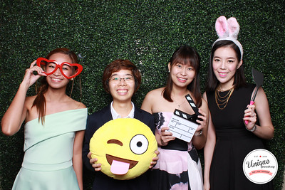 Kevin + Wen Bing Photo Booth Album