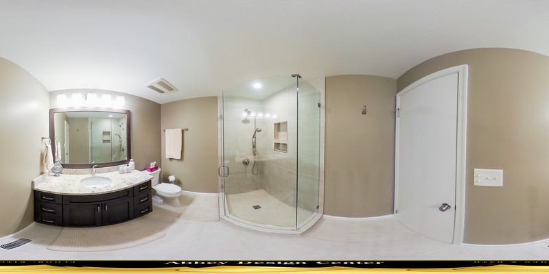 Lebron Bathroom in 360°