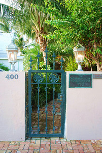 The Gates to the Sounternmost-Southernmost House.  Yes, by their map anyway.