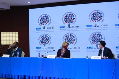 2021 оны зургадугаар сарын 10. Ерөнхийлөгчийн сонгуульд ажиглалт хийсэн ЕАБХАБ-ын Ардчилсан институт хүний эрхийн газрын ажиглагчид мэдээлэл хийлээ