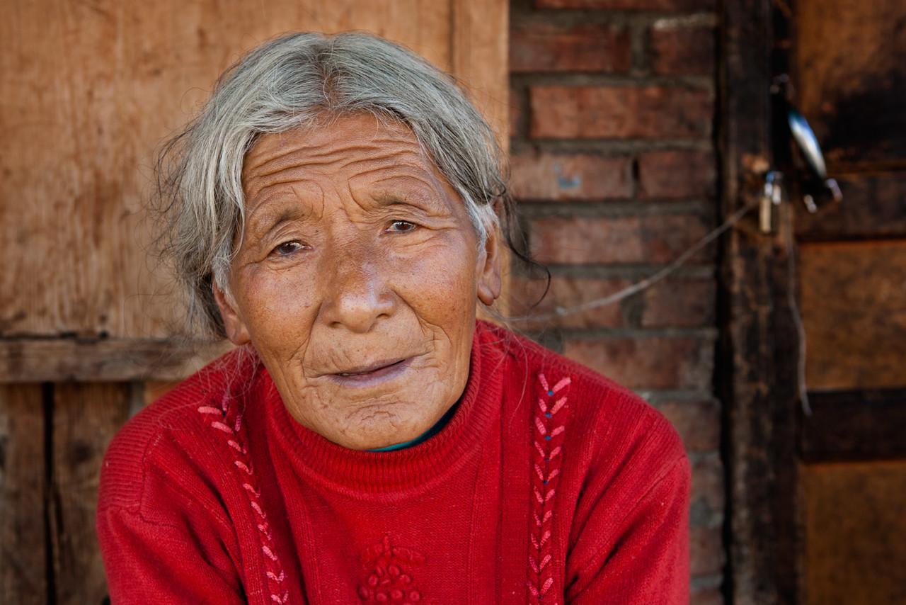 Woman from Taktsang Lhamo (Langmusi), Amdo (Gansu)
