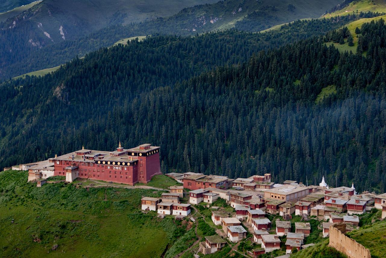 Pelpung Tubden Chokhorling Monastery, Kham (Sichuan)
