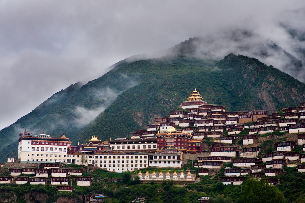 Pelyul (Baiyu) Monastery, Kham (Sichuan)