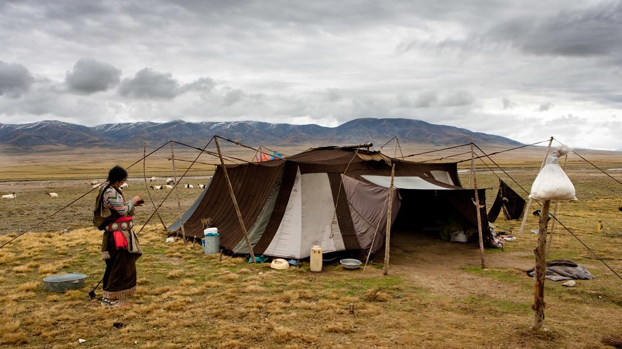 Nomad tent, Tongde, Amdo (Qinghai)