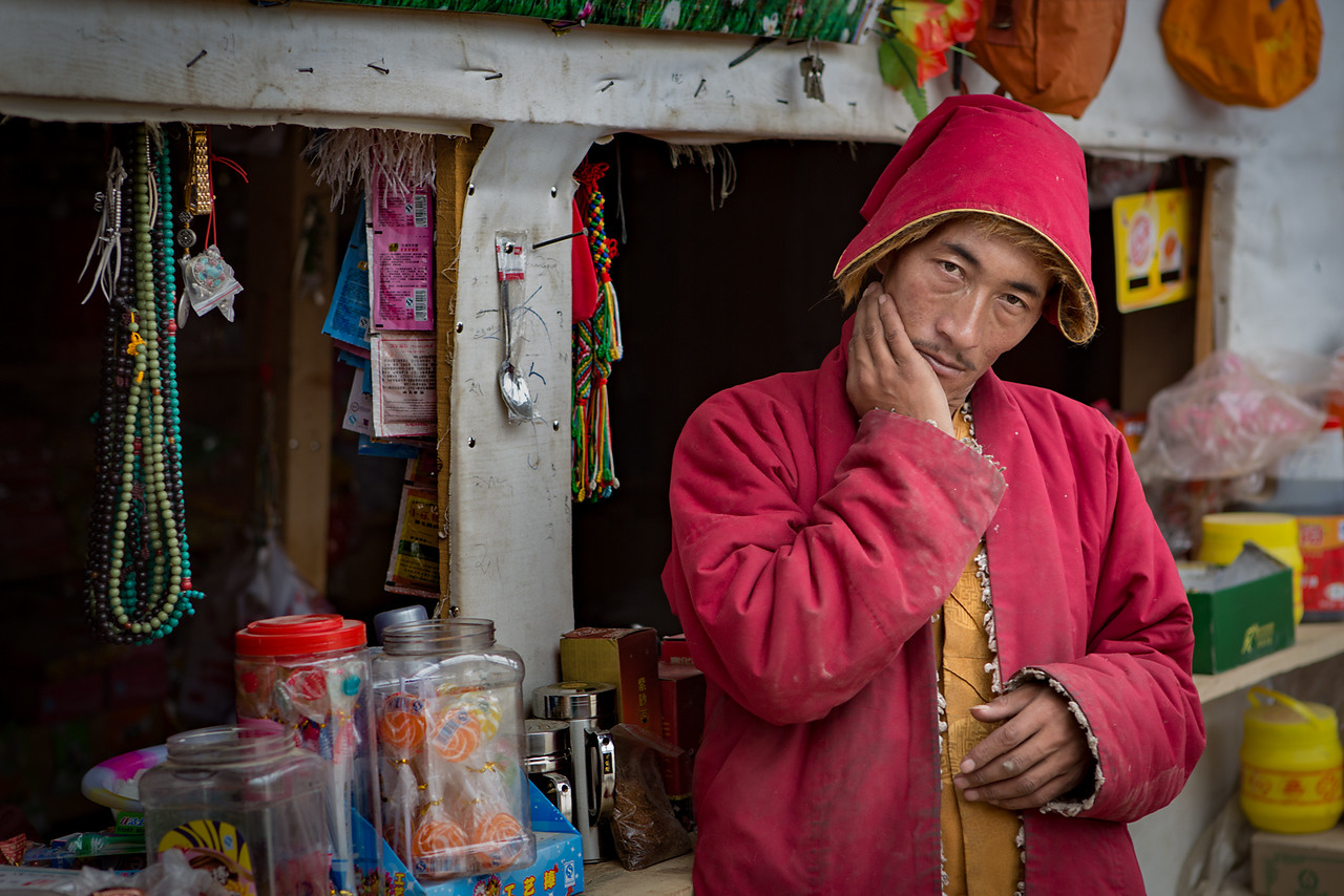Shopkeeper, Yarchen Monastery