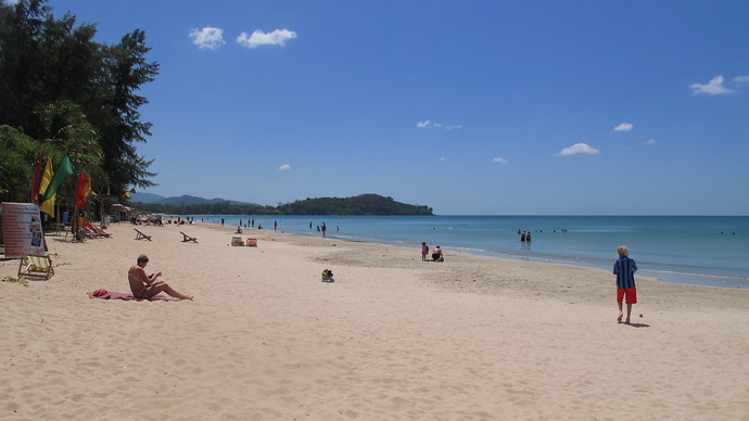 Khlong Dao has wide stretches of sand and so a great feeling of space even when popular