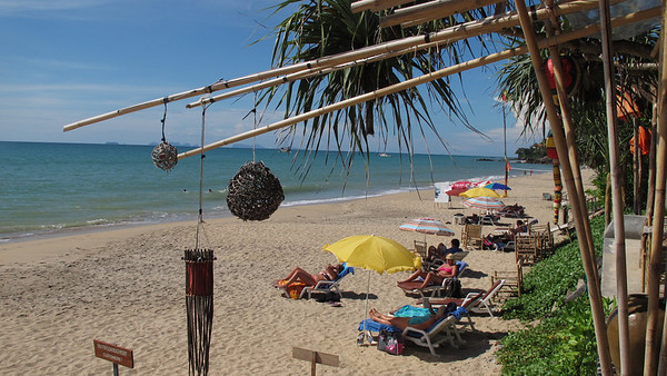 A beautiful view from one of the beach bars on Khlong Nin beach, Koh Lanta