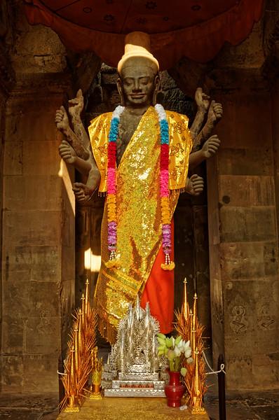 Eight-armed Vishnu