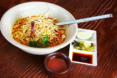 Khaao Soi Gai - chicken noodle curry
