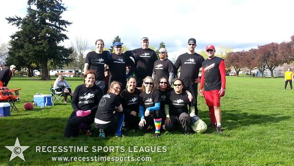 Recesstime Portland Kickball - Spaceballerz