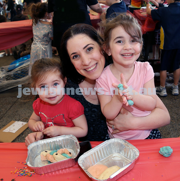 Combined OBK, JEMS, PJ Library Shabbat Project challah bake and activities at EQ. From left; Nina, Tzippy, Ellie Clifford. Pic Noel Kessel