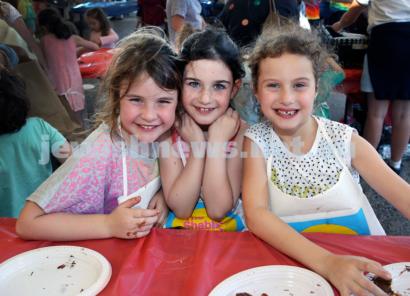 Combined OBK, JEMS, PJ Library Shabbat Project challah bake and activities at EQ. From left; Rafaela Schroder, Janie Rothman, Zoe Kalish. Pic Noel Kessel.